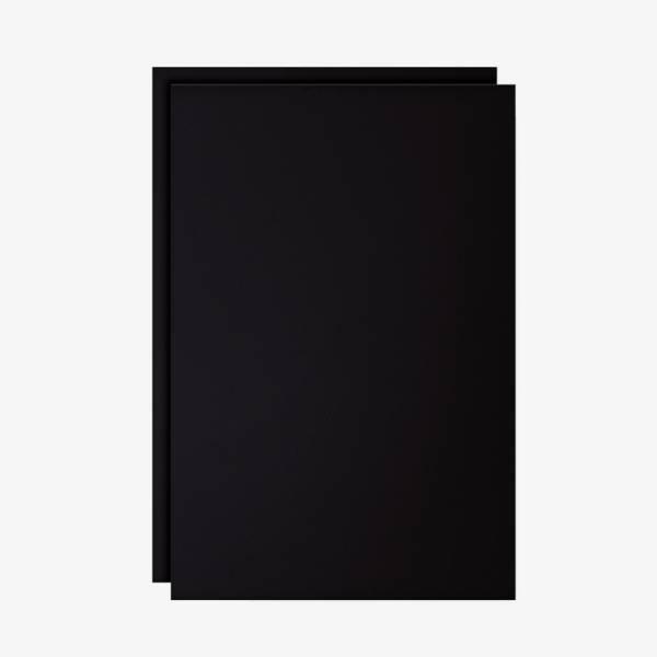Czarna folia do pisania, używana w ramkach A0